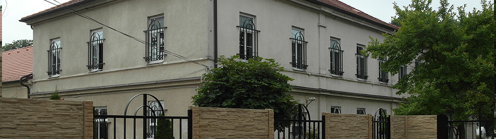 Domov sociálnych služieb pre deti a dospelých Šoporňa – Štrkovec - Hlavná budova