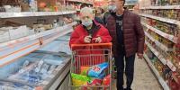 Zdenko a Janko na nákupoch